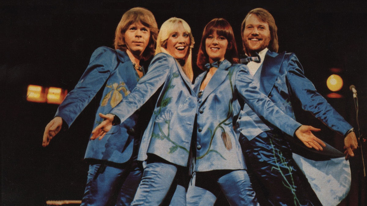 Gimme, Gimme, Gimme!  Abba After Midnight