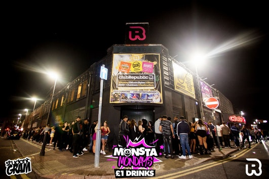Monsta Mondays – £1 Drinks – Club Republic