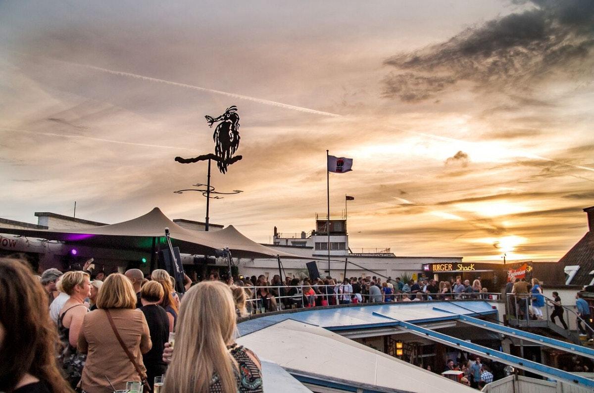 Brixton Summer rooftop series: GW Harrisson, Casino Times