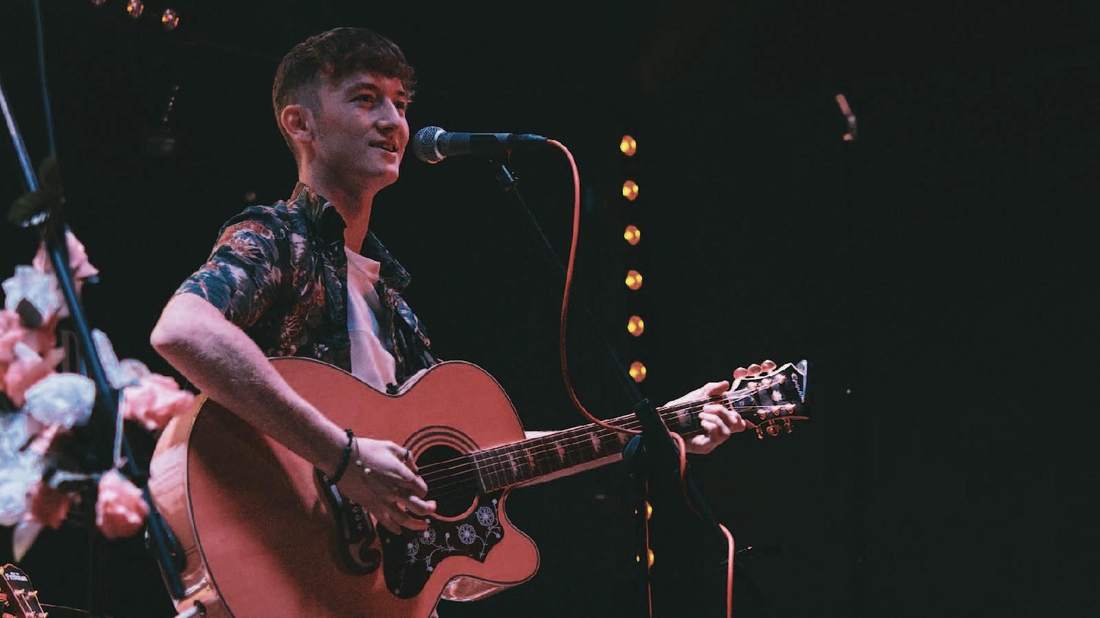 Cameron Ledwidge at Sneaky Pete's, Edinburgh